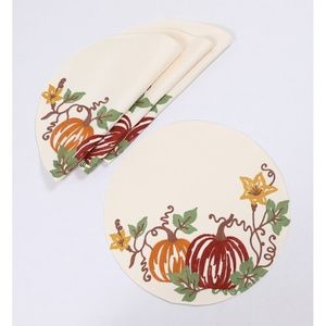 """NWT Set of 4 Fall Pumpkins 16"""" Round Placemats"""